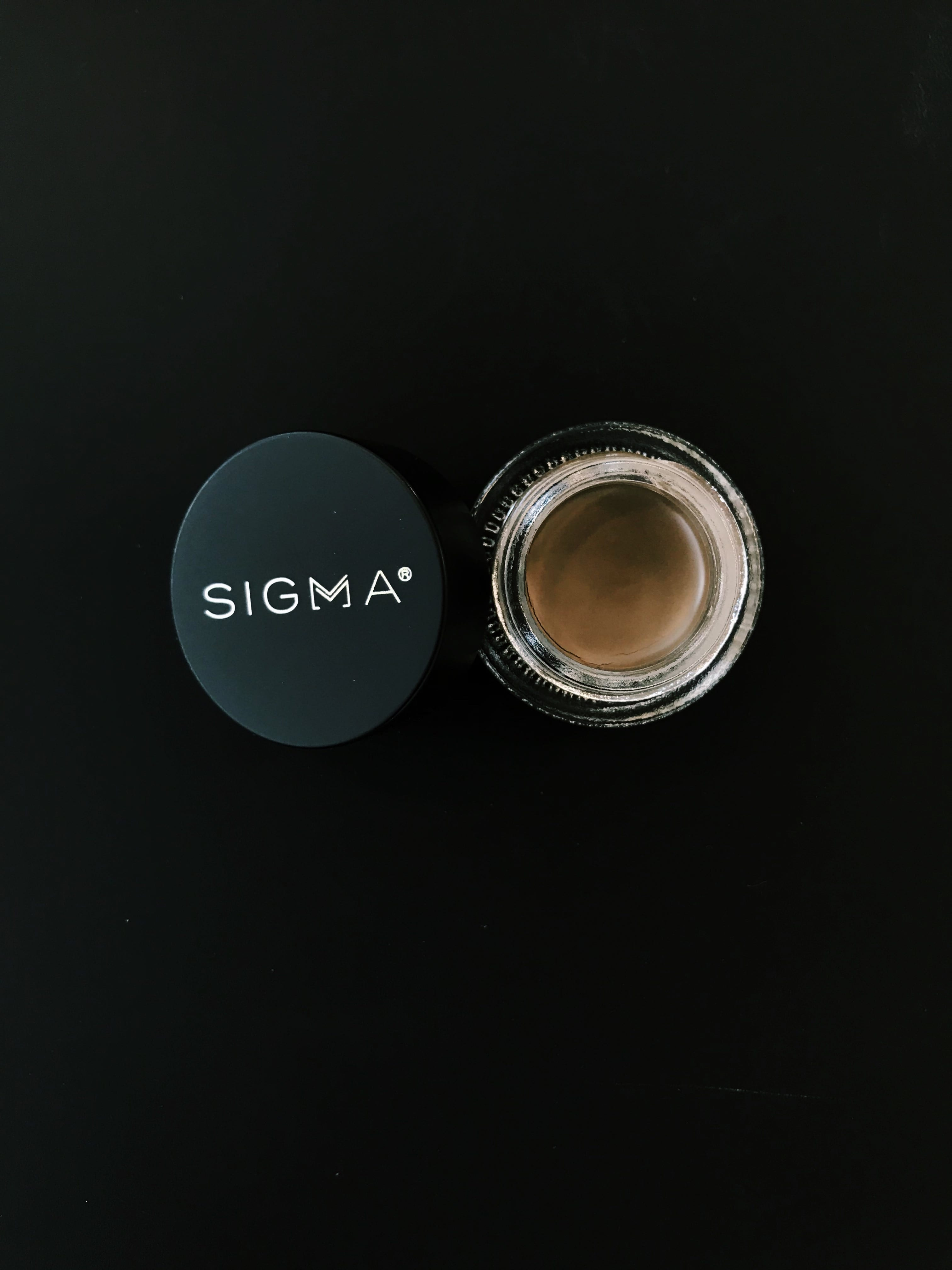 Sigma Brow Pomade Review | HQhair Blog