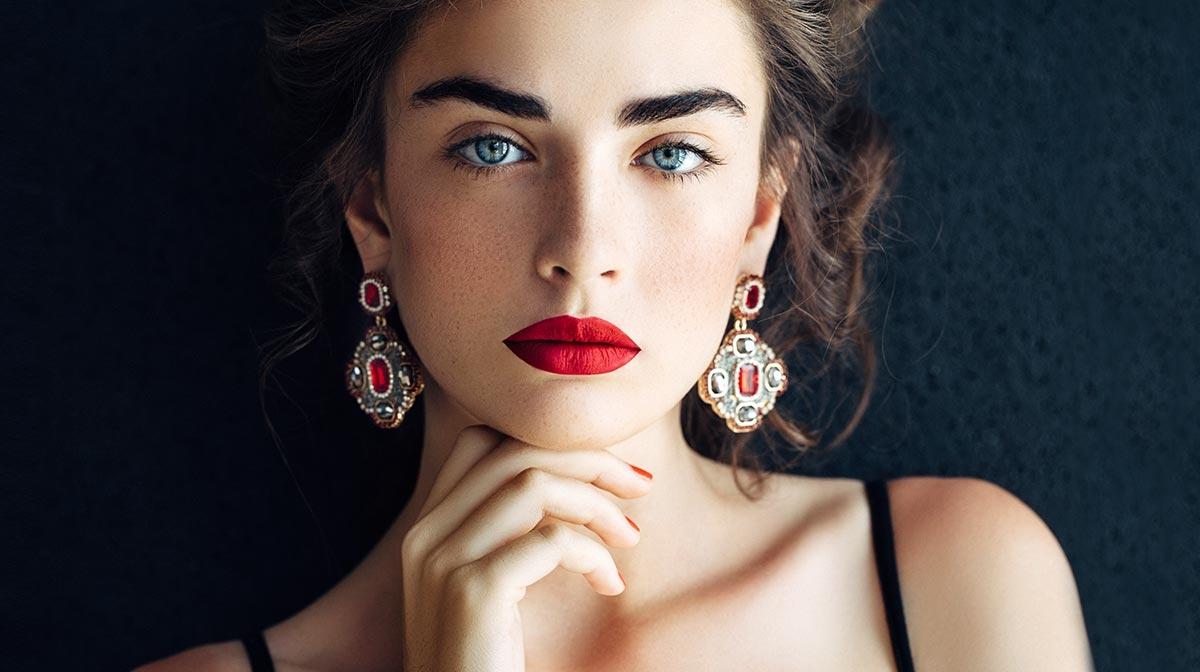 Glamourøse røde læber med Estée Lauder