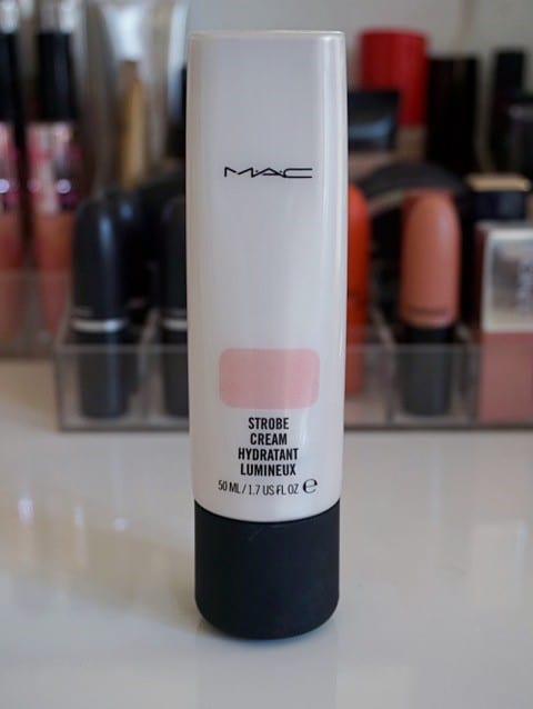 MAC Strobing Cream på lookfantastic