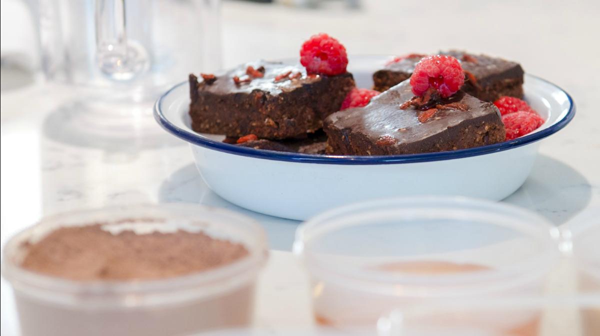 Recipes: Bake-Free Clean Eating Brownies