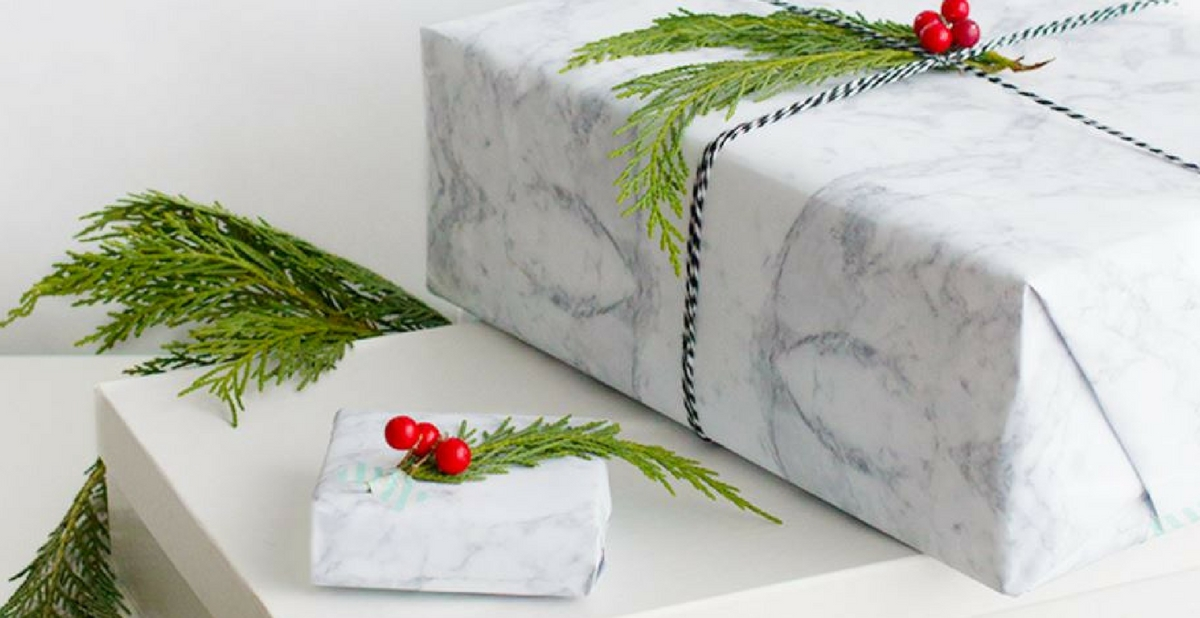 Minimalist Gift Wrapping Ideas