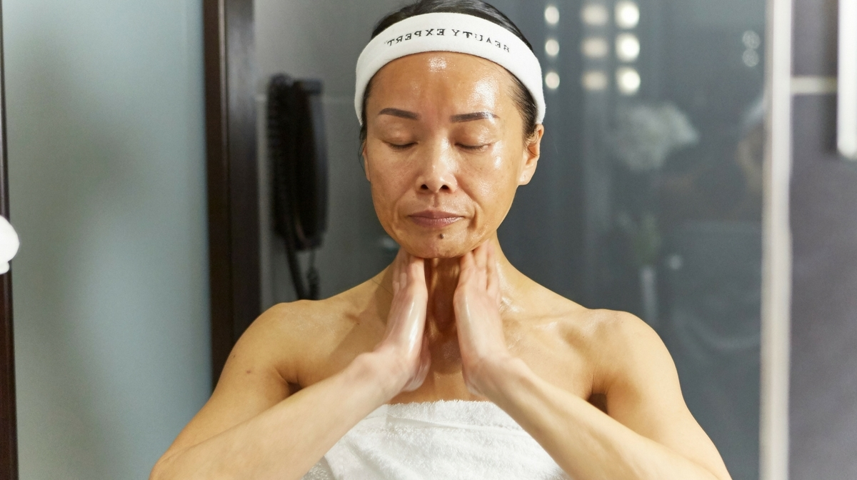The Experts: the facialist who looks after celebrities' skin