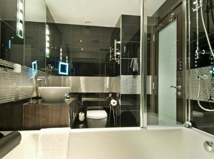 The Montcalm bathroom