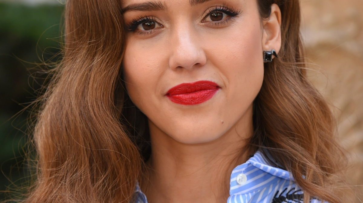The Darphin product that's in Jessica Alba's handbag