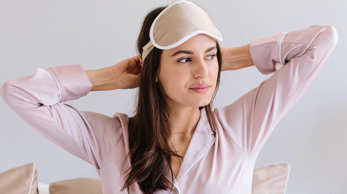Why we love the Iluminage Skin Rejuvenating Pillowcase