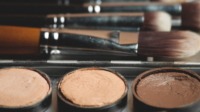 What People Really Think About Men Wearing Makeup