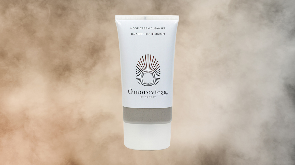 Showcasing Omorovicza Moor Cream Cleanser