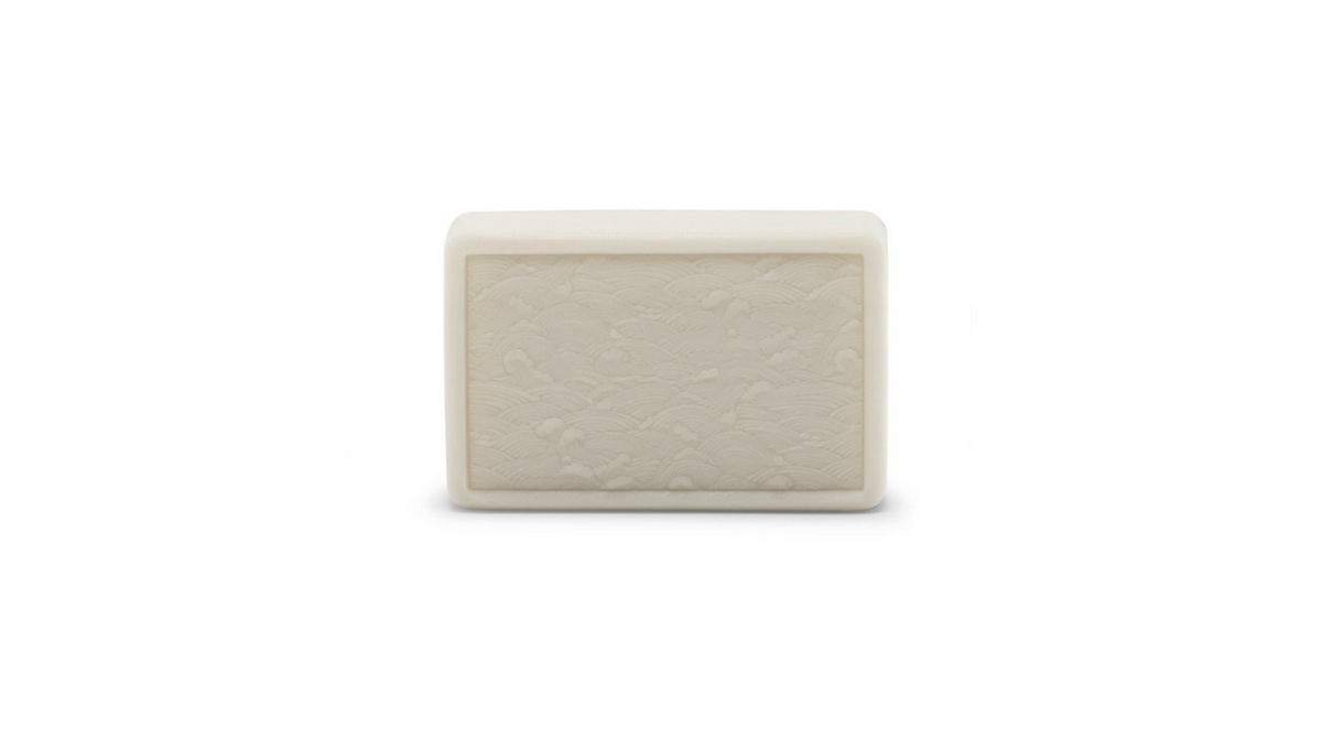 Le Savon Lune soap bar by ARgENTUM unboxed