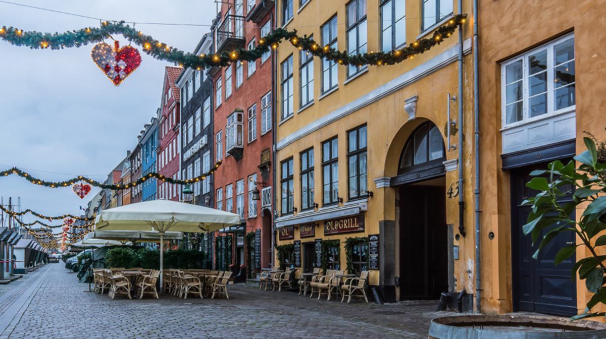 Row of bars and restaurants in Nyhavn, Copenhagen.
