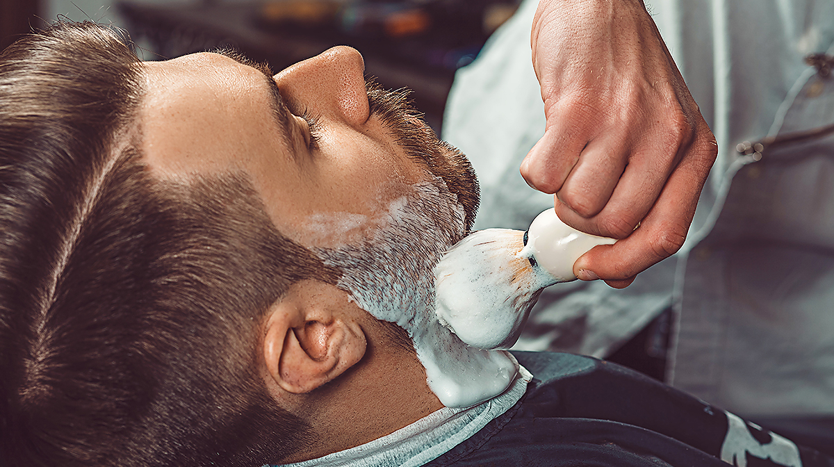 How do shaving brushes actually work?