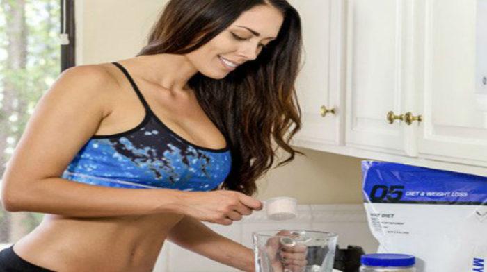 Πόσα ροφήματα πρωτεΐνης πρέπει να πίνω την ημέρα?