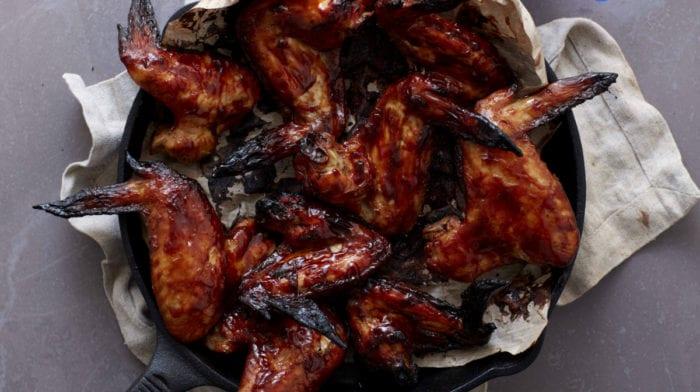 Φτερούγες από Κοτόπουλο Μέλι/Λάιμ/Μπάρμπεκιου με Λάδι Καρύδας