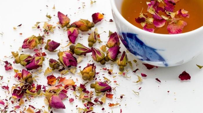 Die besten Rosenöl Produkte für den Herbst