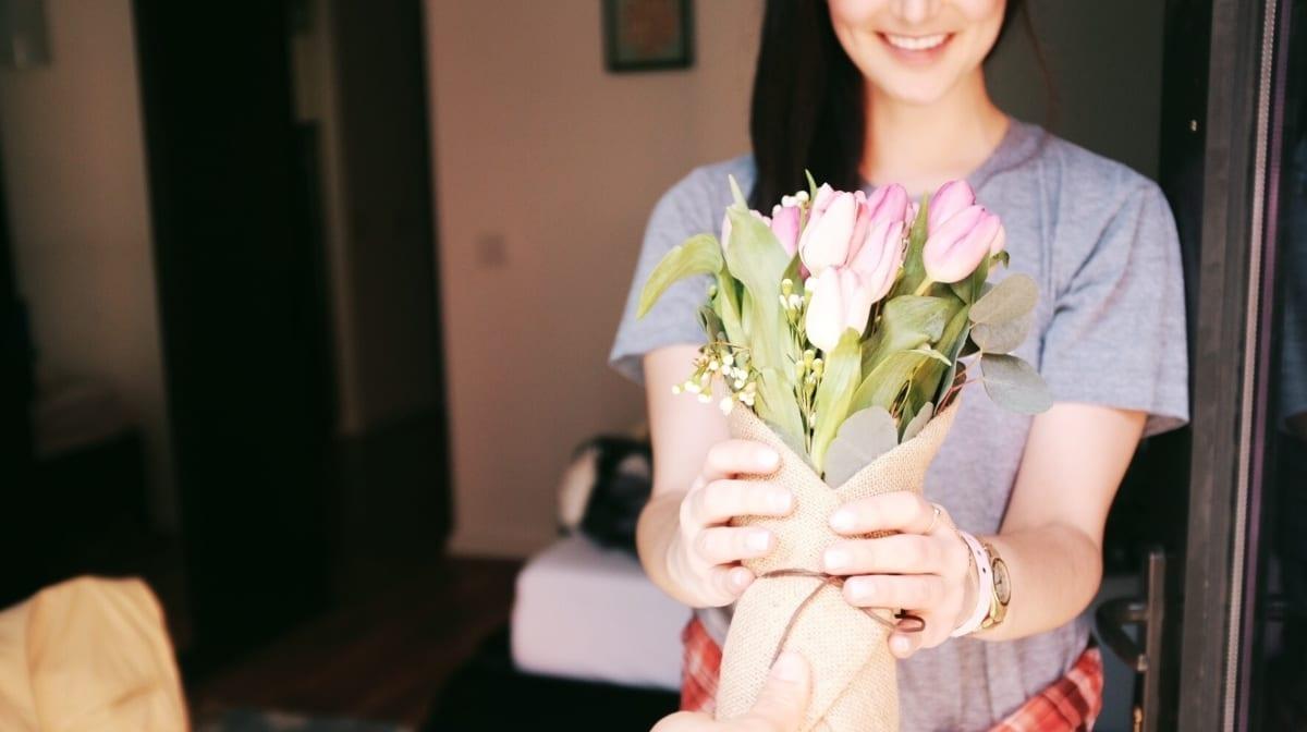Die besten Geschenke zum Valentinstag für deine beste Freundin