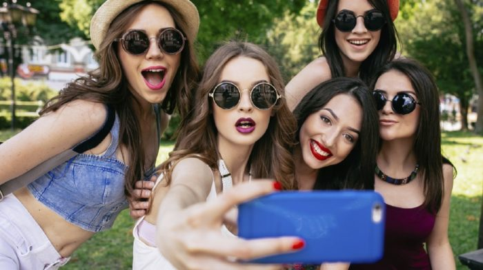 Why We Heart Fashion Bloggers (Sorry, Vogue)