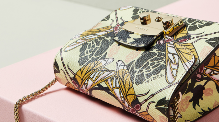 Editor's Picks: Patterned Bags for Your Radar