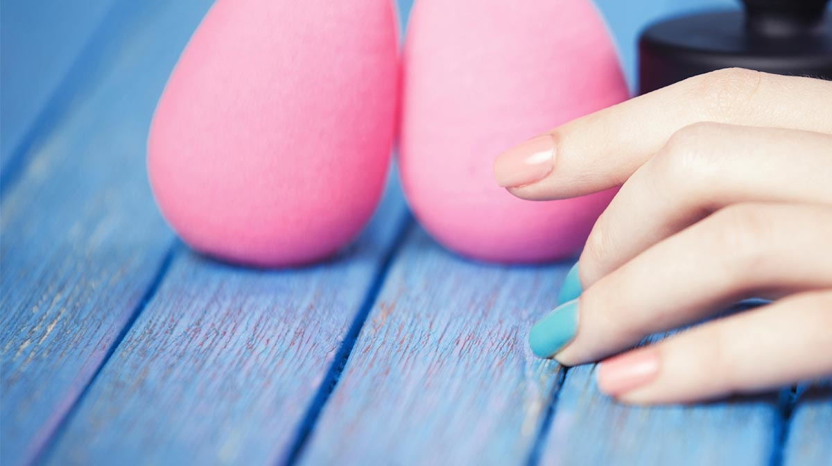 How To Use a Beautyblender