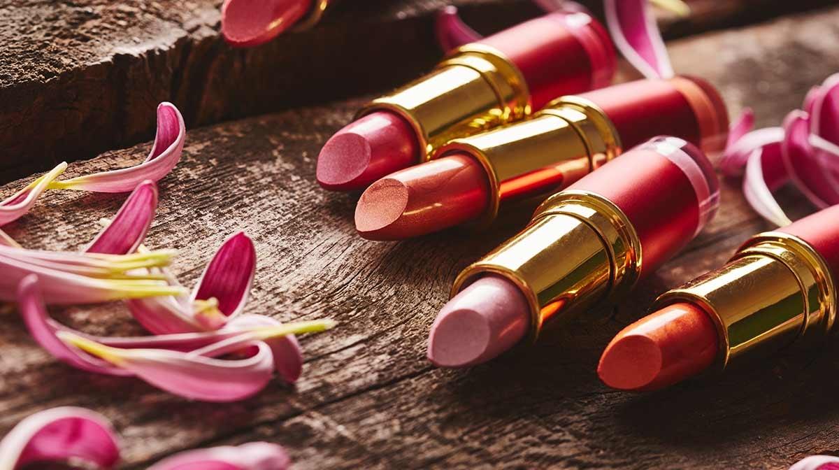 Let's Celebrate National Lipstick Day!