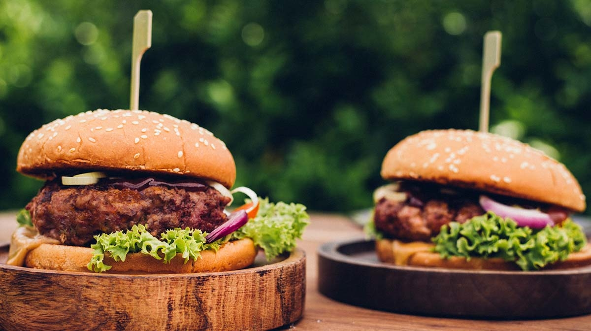 A Health(ier) Cheeseburger Recipe from Skinny Mom Blog