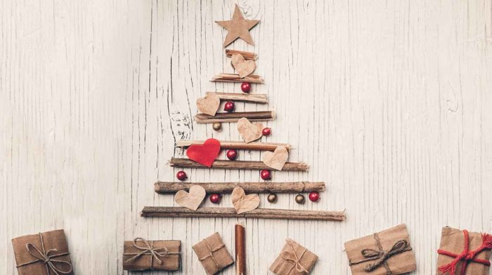 7 Gifts you can Decorate the Tree with