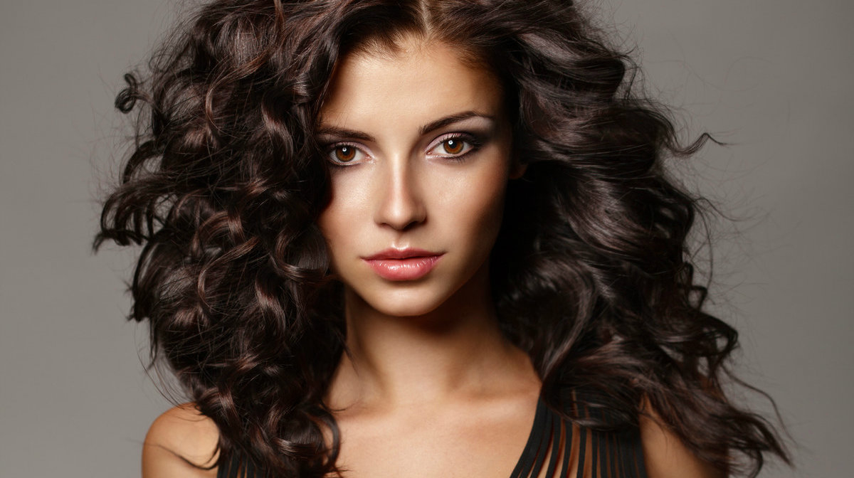 10 Products for Bigger Hair