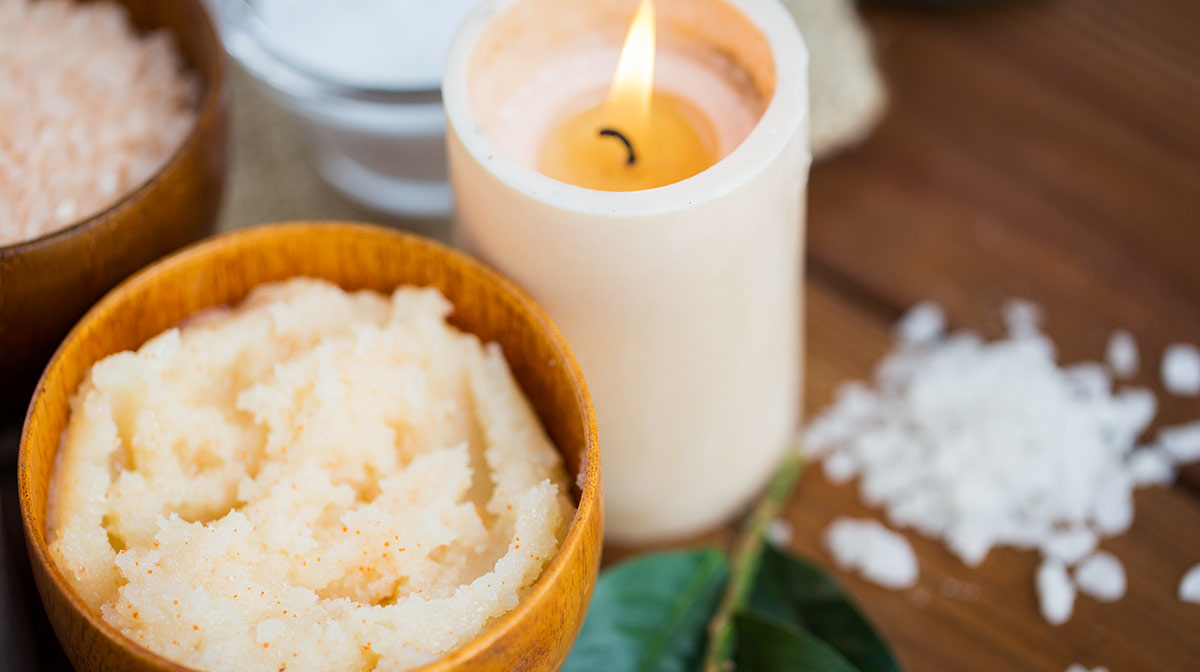 How to Choose Between Sugar and Salt Body Scrubs