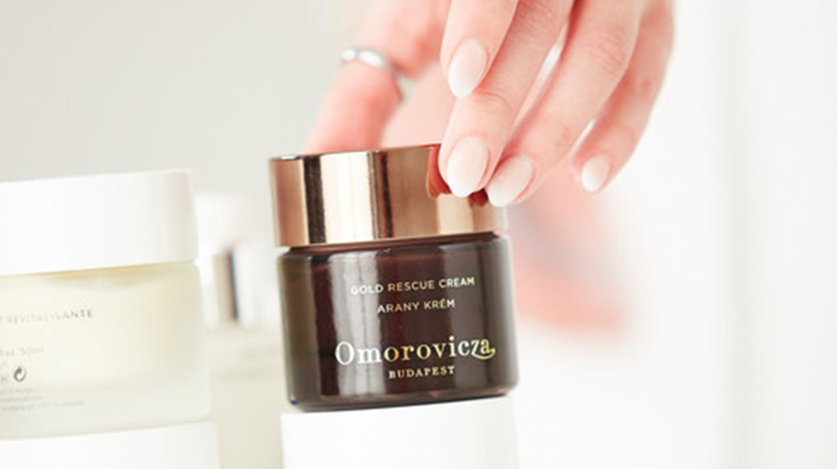 Omorovicza: How To Do An At-Home Facial Peel