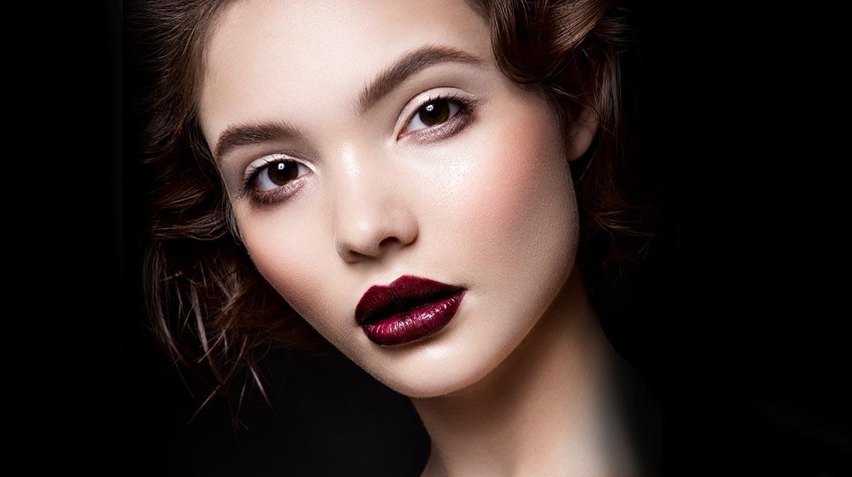 Chic Vampire Makeup Tutorial For Halloween