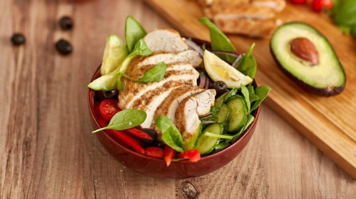 Quick and Tasty Mediterranean Chicken Salad