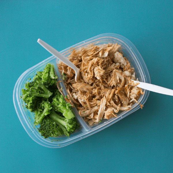 pulled chicken and broccoli in tupperware