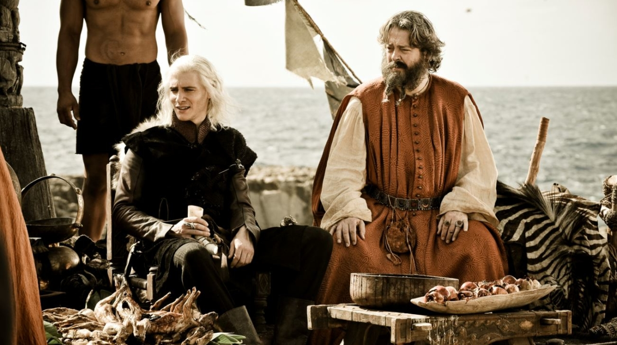 5 Reasons Why You Should Watch Game Of Thrones (If You Haven't Already)
