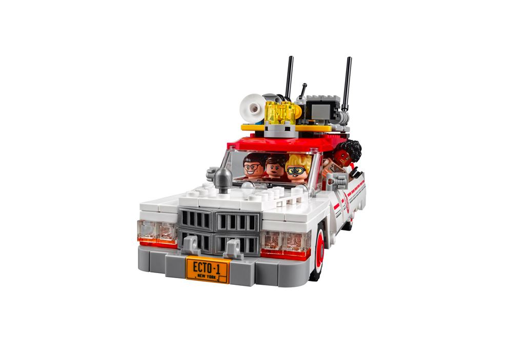 I Ain't Afraid of No Ghost! LEGO Ghostbusters – Now Answering Calls