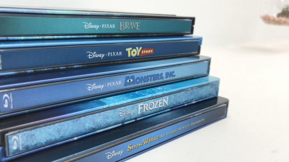 Disney Classic Lenticular Steelbooks: Inside Look