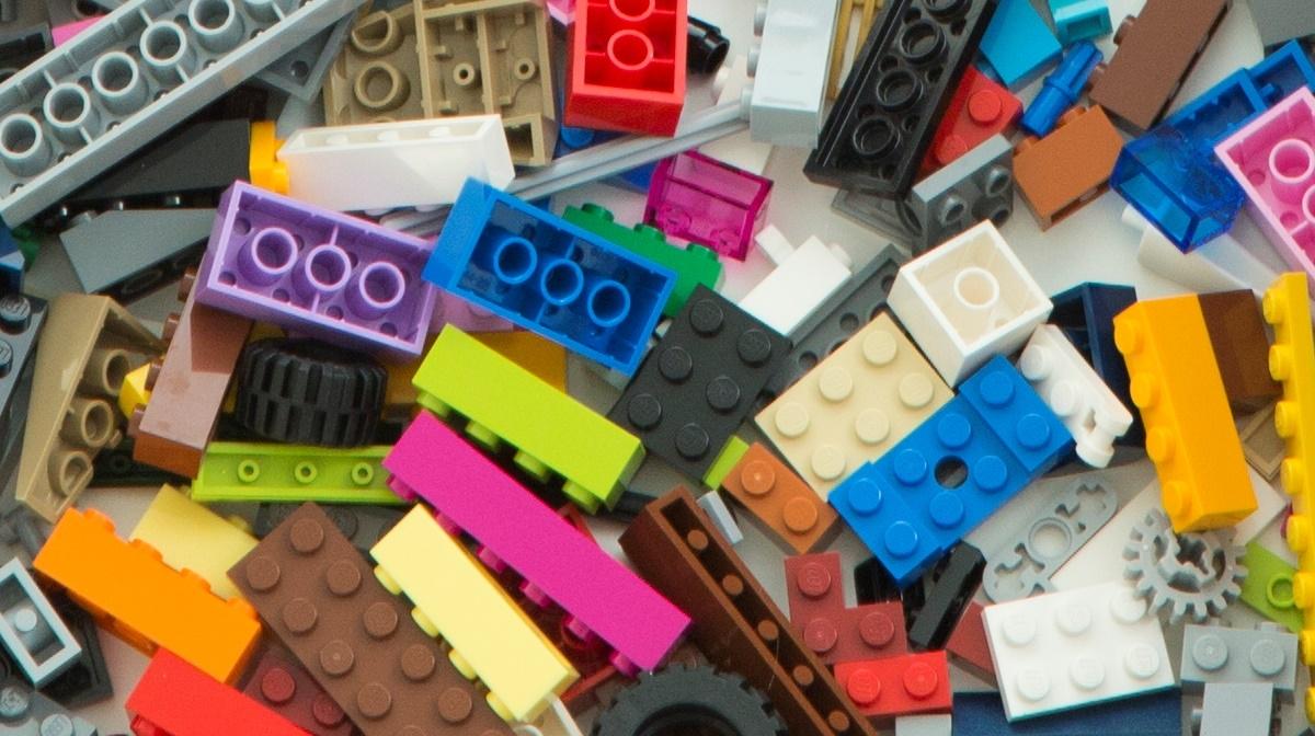 What are LEGO Brickheadz?
