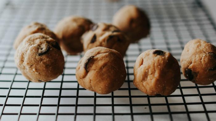 Chocolate Chip Cookie Dough Bites
