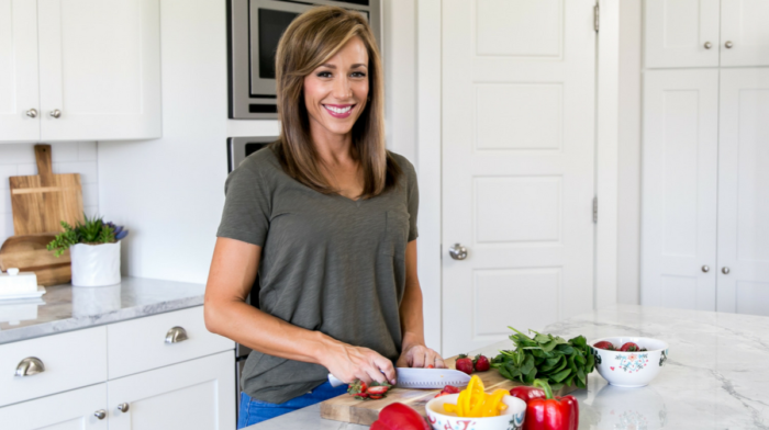 Veggie Lisa Introduces Her Newest 28 Day Eat Real Challenge!