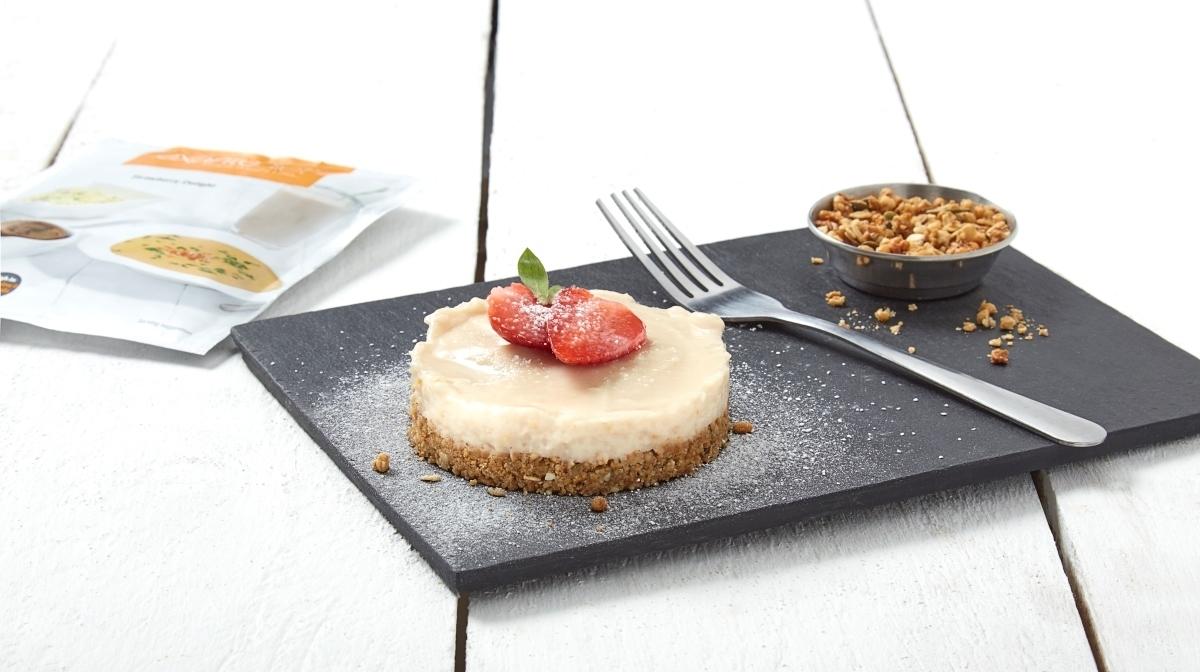 Cheesecake Proteica con Mousse alla Fragola Exante