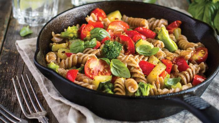 Pasta Integrale con Verdure e Avocado