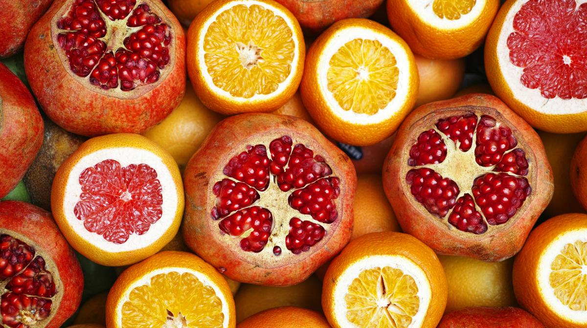 Arance e melograni, alimenti ricchi di vitamina A