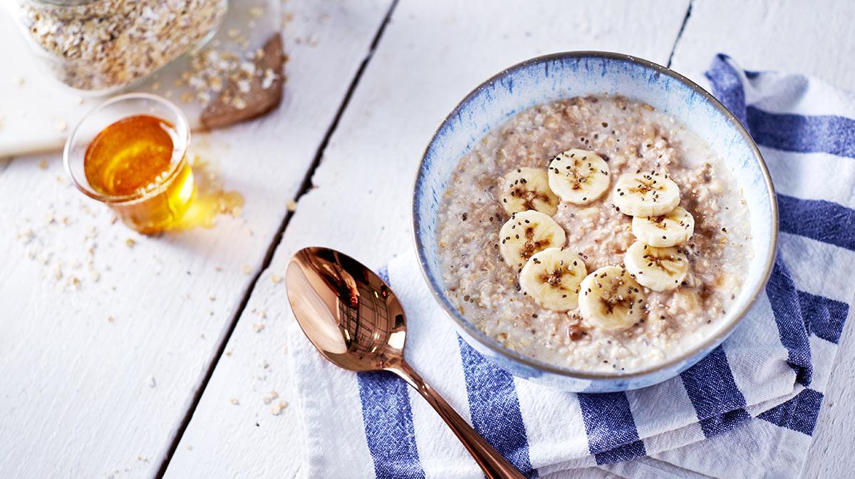 Porridge alla Banana, Semi di Chia e Miele