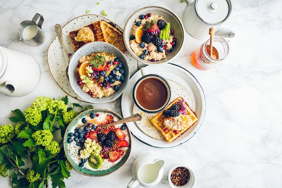desayuno saludable rico en proteína para el control de la ansiedad y el apetito