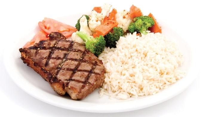 Carne de Res, Verduras y Arroz a la Lima