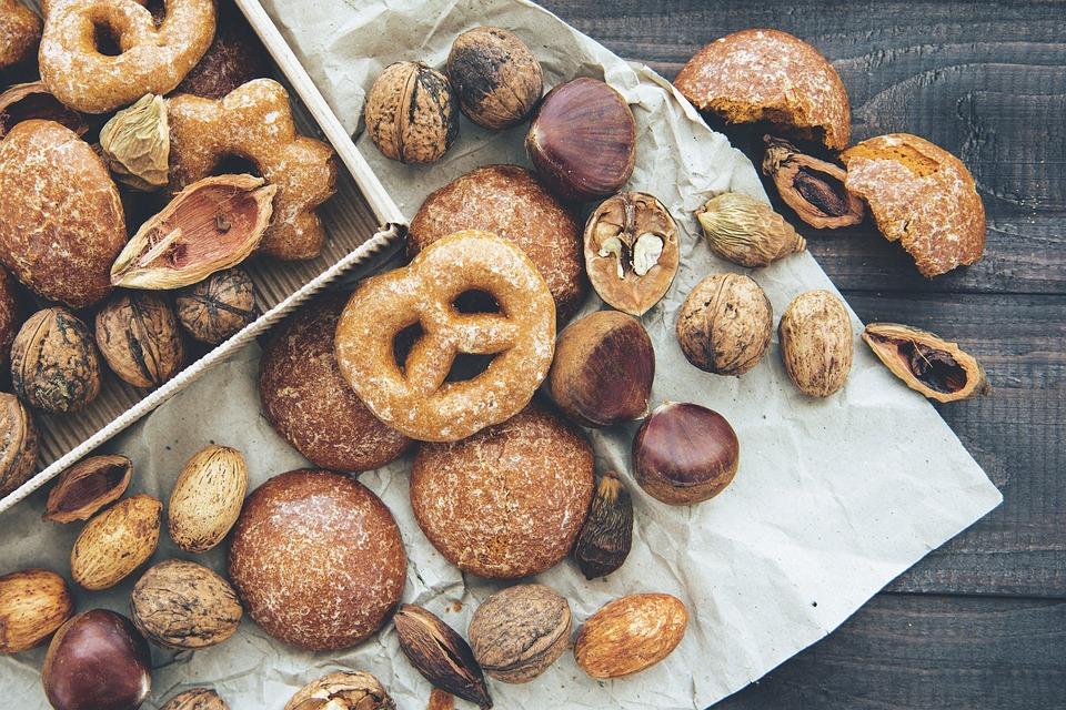 mix de frutos secos contienen grasas buenas que favorecen una saludable pérdida de peso