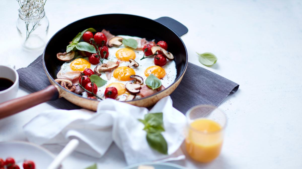 los huevos son recomendables en el desayuno