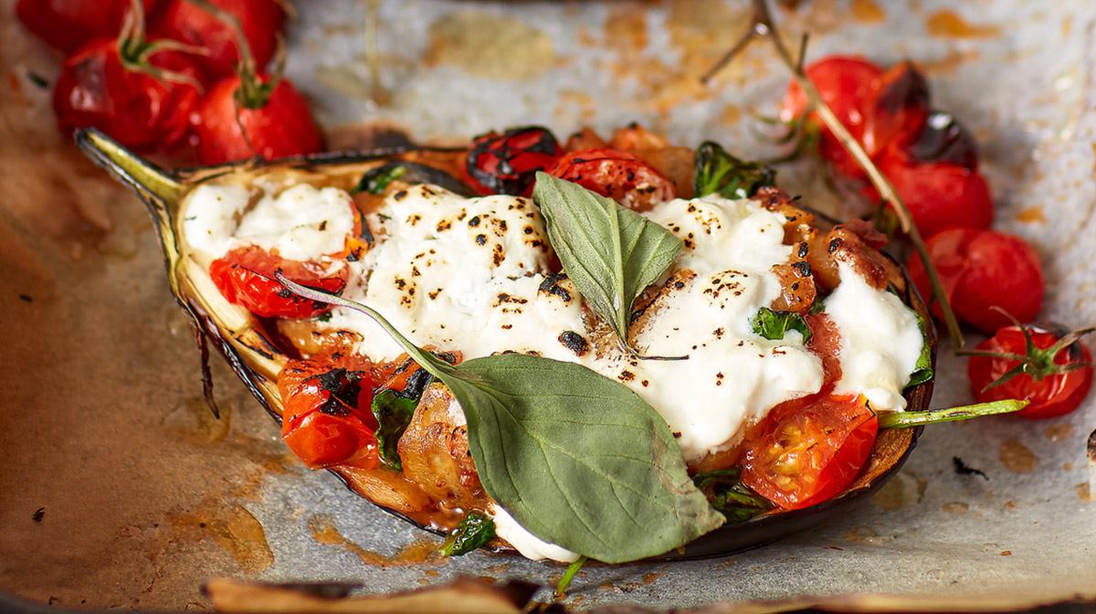 deliciosa receta sana de berenjena vegetariana rellena para disfrutar de comidas saludables o cenas ligeras