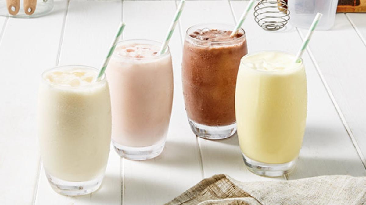 Saludables y deliciosos batidos para adelgazar sustitutivos de comidas sabor fresa, chocolate, vainilla y plátano ideales para realizar una dieta hipocalórica
