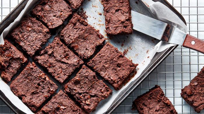 Brownies saludables de fijol negro