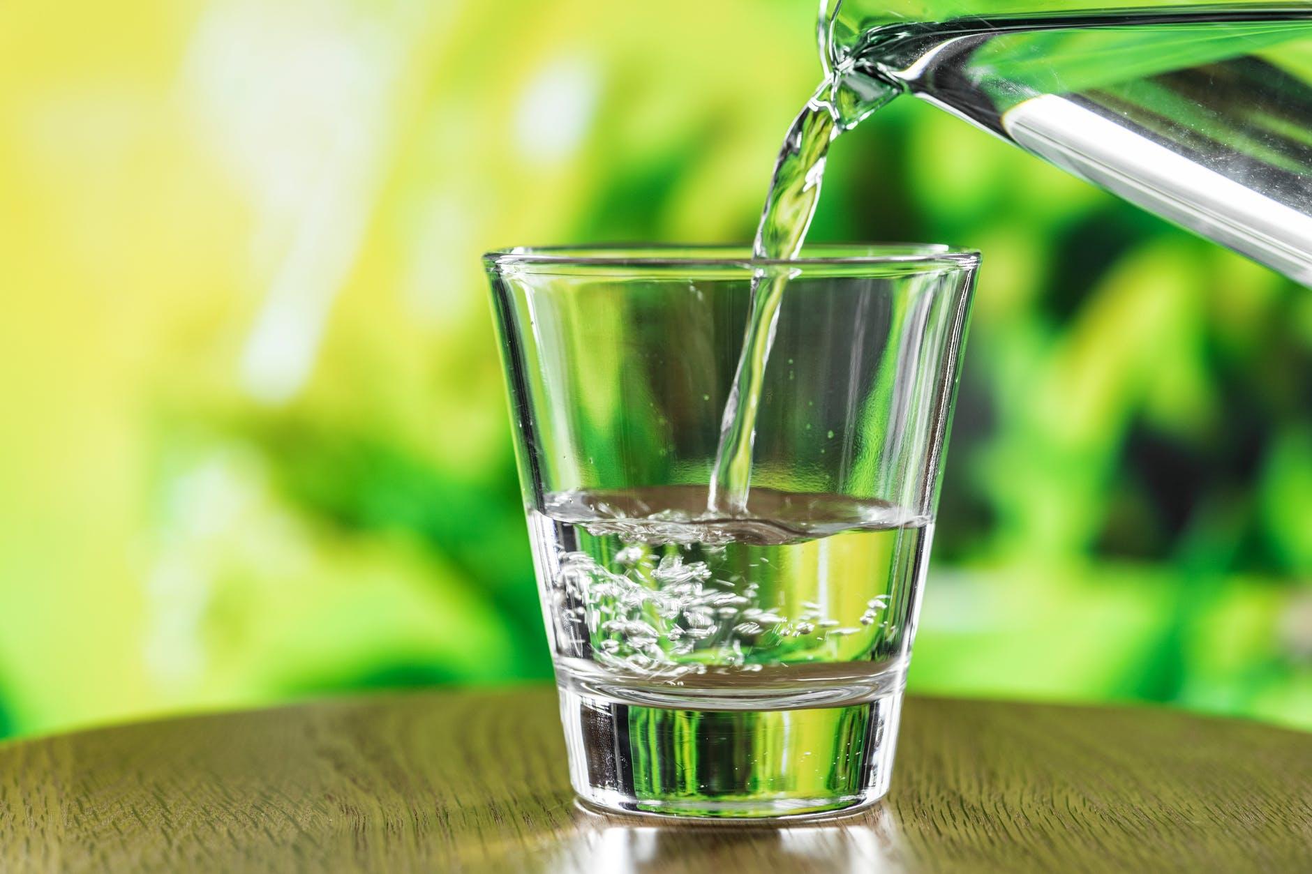 Incrementar-el-consumo-de-agua-te-ayudará-a-perder-peso