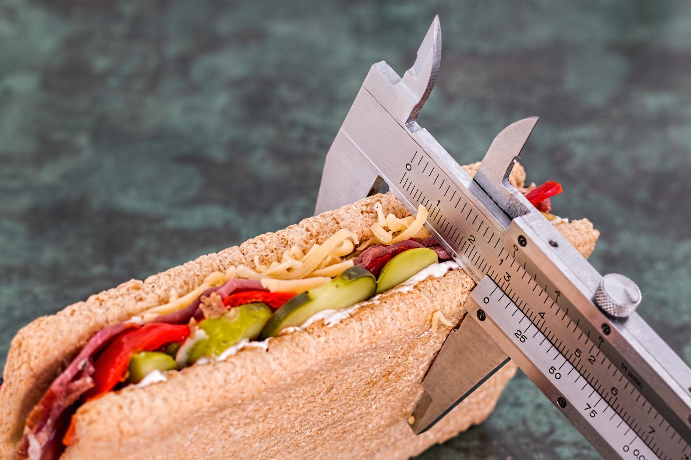 controlar las calorías para lograr una efectiva pérdida de peso