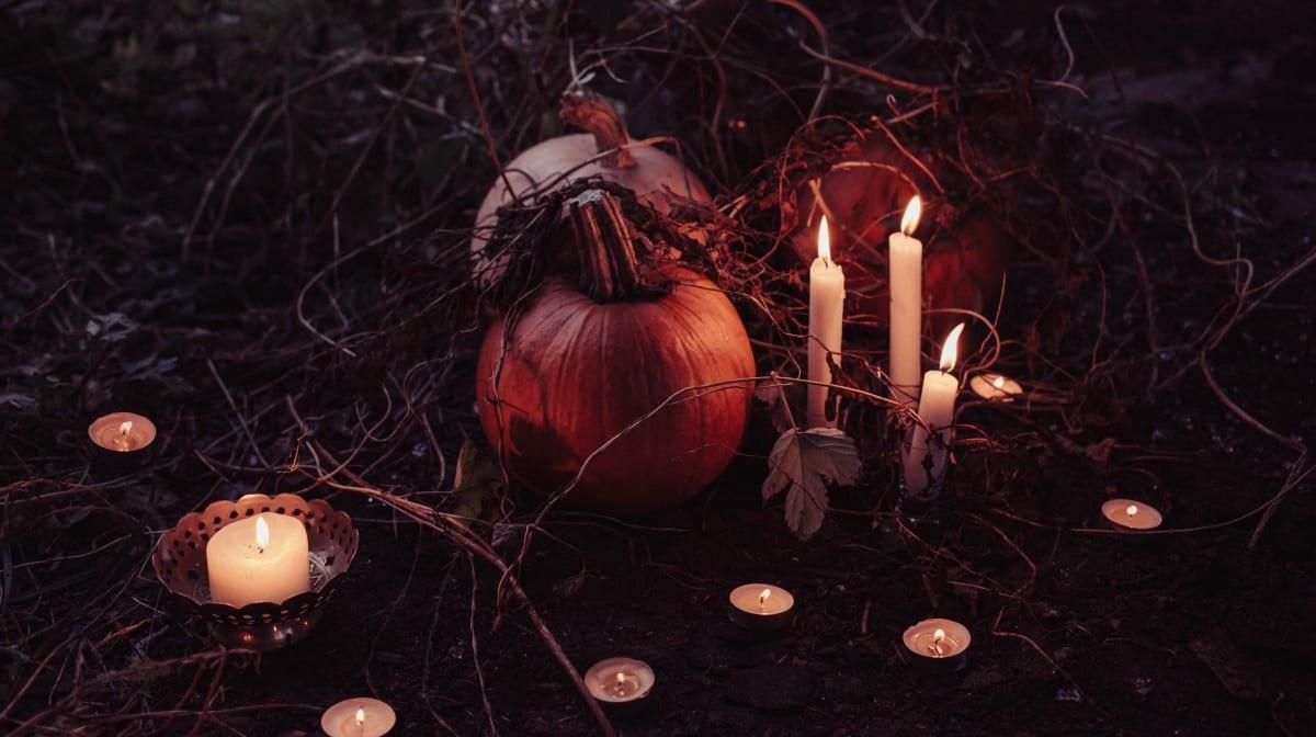 Tutti i prodotti essenziali per il trucco di Halloween